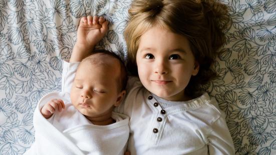 Entre la tecnología y ser padre: soluciones para hoy